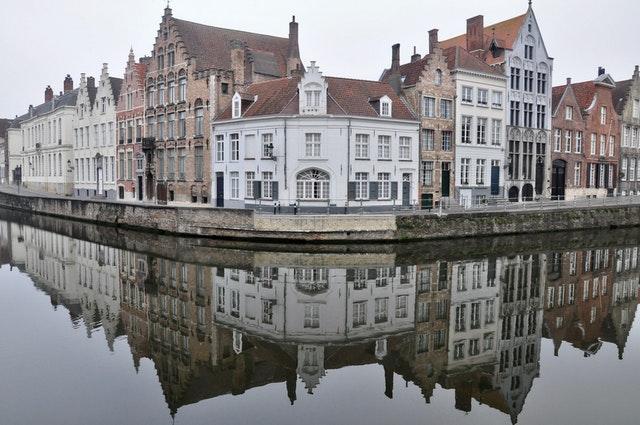 Busy do Belgii Bytom
